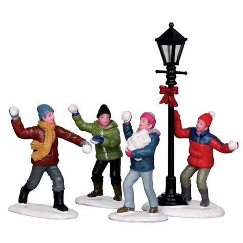 lemax snowball fight figurine set of 4 32133