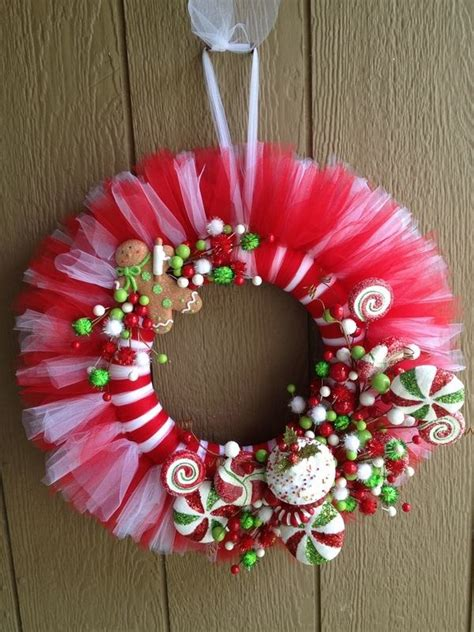 pinterest christmas made out of tulldecorating ideas 30 wreaths decorating ideas to try now feed inspiration