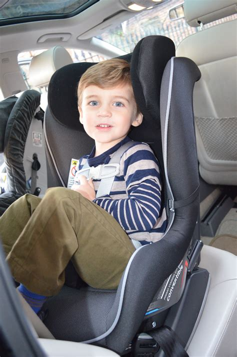 age limit for child in front seat of car the car seat when should your child turn forward
