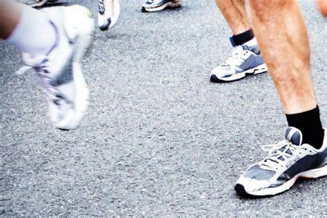 picking a running shoe choosing running shoes runner sradar