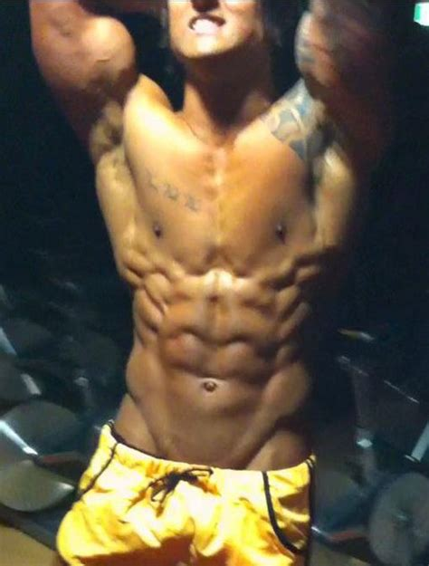 zyzz bodybuilder what do bad genetics look like stronger 24 7