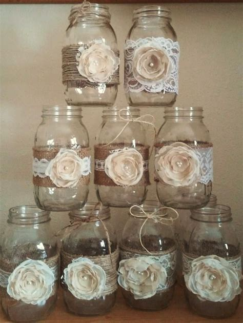 These rustic mason jar ideas are great for barn yard