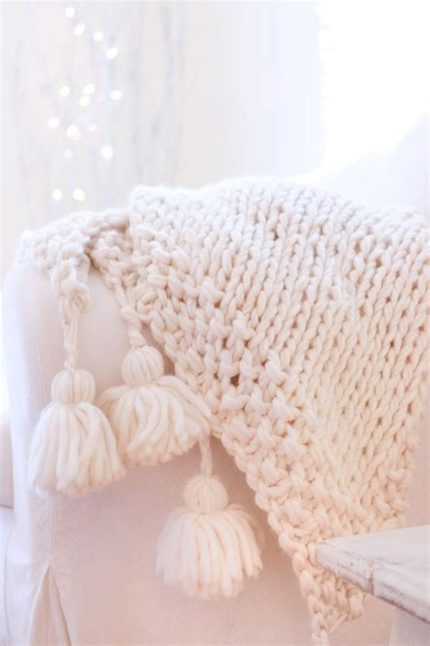 knit chunky blanket pattern how to knit a chunky wool blanket free downloadable