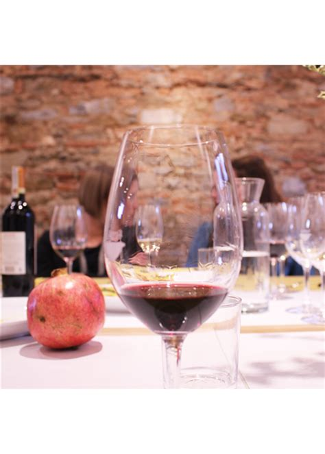 solfiti mal di testa i solfiti nel vino facciamo chiarezza famiglia cecchi