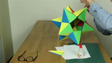 Paper Great Dodecahedron - paper small stellated dodecahedron tutorial