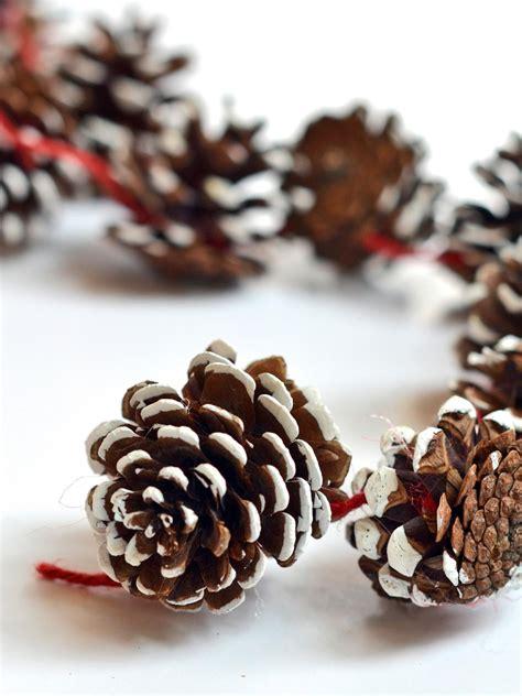 pine cone diy diy pinecone garland hgtv