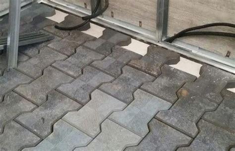 pavimenti in gomma riciclata musica in casa consigli per la realizzazione di un sala