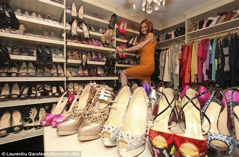 Dion Shoe Closet by Shoe Shopping Was A Sickness Due To A Lack Of Affection Claims Accused Of Hiding 1m