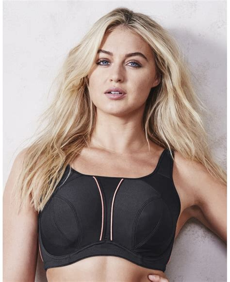 best bra best sports bras for large popsugar fitness