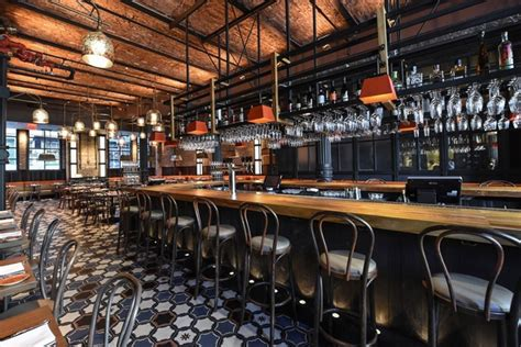 jamaica pub pavia now serving in nyc the brand new vintage fathom new