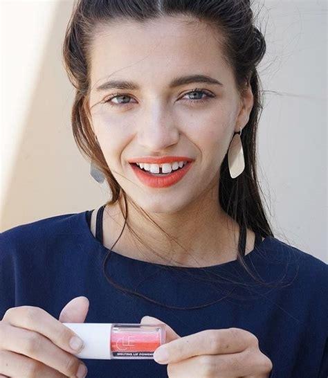 Make Up Za novi make up hit puder za usne journal