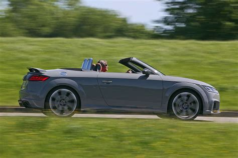 Audi Klamotten by Hei 223 E Kiste Audi Tt Rs Roadster Im Test Autobild De