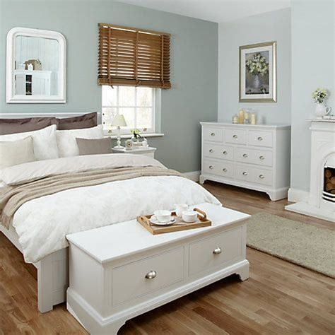 Decorating Ideas For A Bedroom With White Furniture 25 Best Ideas About White Bedroom Furniture On