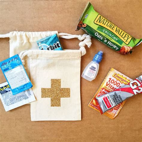 Wedding Gift Kits by 1000 Ideas About Hangover Kit Wedding On
