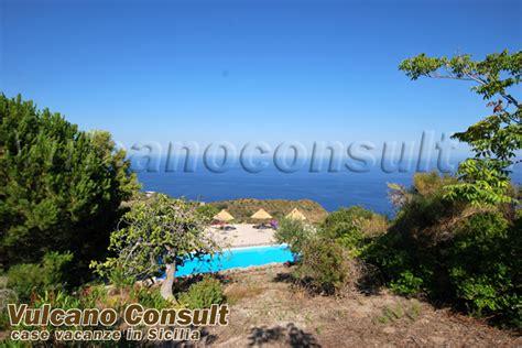 terrazzi a livello villa con piscina s salvatore lipari vendite immobiliari