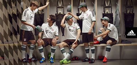Jersey Bayern Munchen Home 201516 Grade Ori jersey bayern munchen 2013 2014 grade ori termurah jual