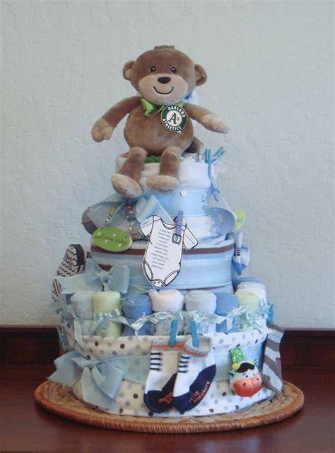 diaper cake bathtub foodspiration three baby shower diaper cakes not to eat