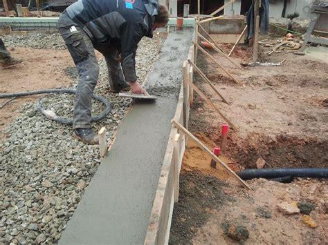 Bodenplatte Einschalen Anleitung by Fundamente Fertig Baublog Koppe