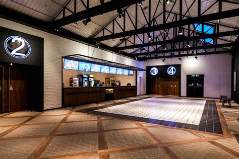 Multifungsi Grand Harvest Triangle golden harvest cinema by artta concept studio hong kong 187 retail design