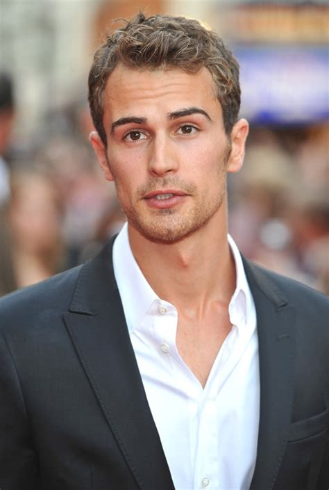 www theo theo james picture 13 the inbetweeners movie premiere