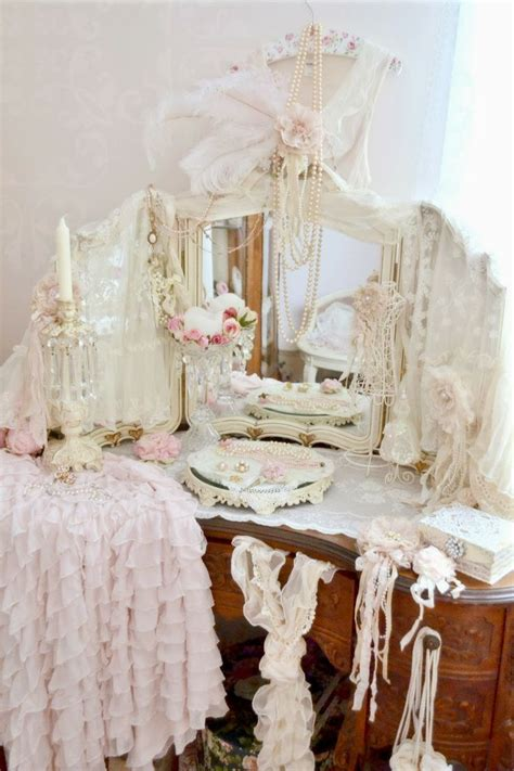 88 best vintage brocante en shabby chic kaptafels images on pinterest antique furniture