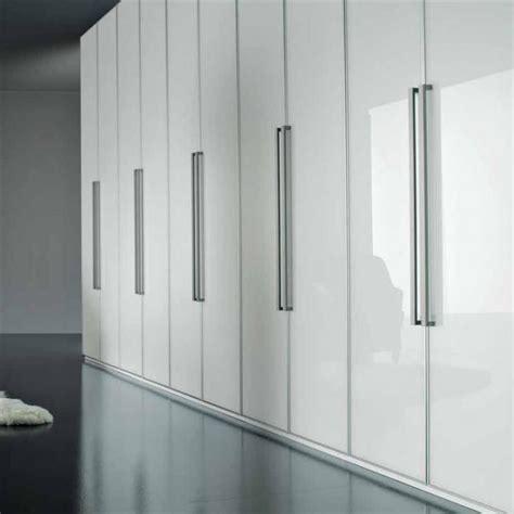 Wardrobe Door Handles Uk by Selz Wardrobe Presotto