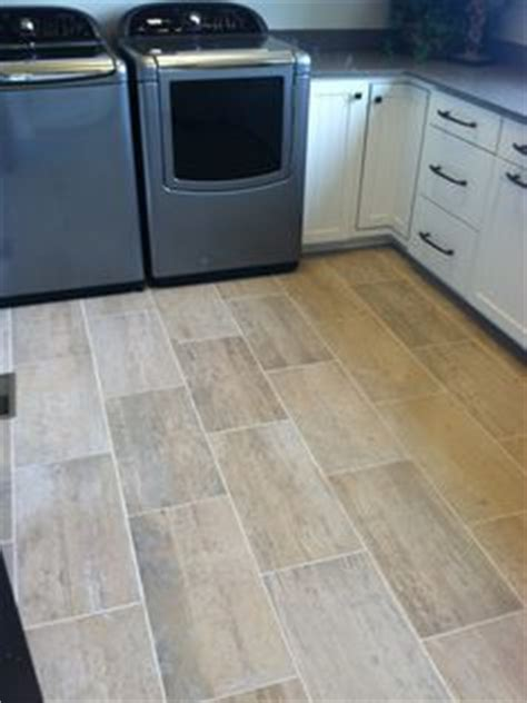 Best Flooring For Laundry Room by Help What Flooring In Laundry Room Laundry Room Ideas