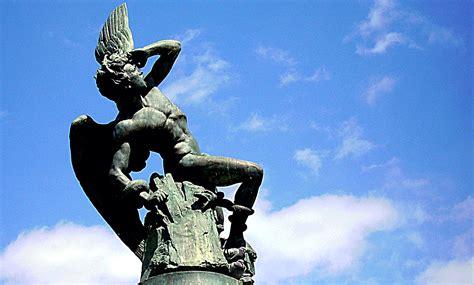 imagenes de esculturas historicas 20 de los monumentos del retiro en el 6 de plaza de espa 241 a