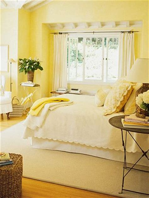 25 best ideas about yellow bedrooms on yellow