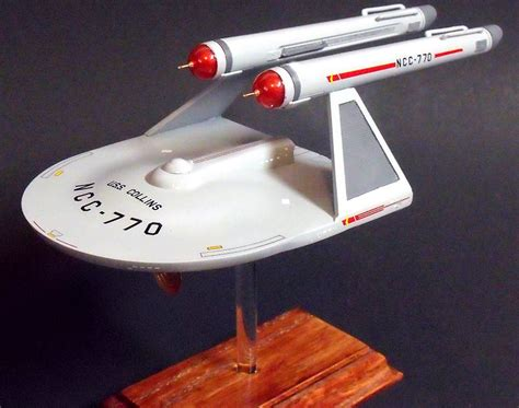 starship enterprise model with lights uss collins modified polar lights 1 1000 scale uss