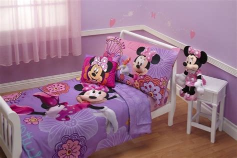 chambre mickey mouse rideaux chambre fille qui font la diff 233 rence archzine fr