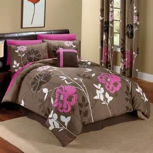 chocolate and pink floral comforter set blankets i love
