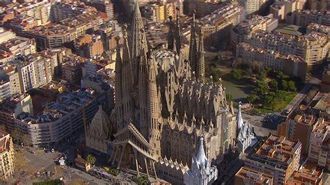 barcelona wallpaper gaudi barcelona sagrada familia 2 hd wallpaper landmarks