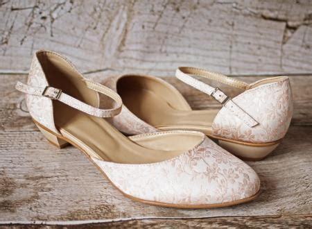 Schuhe Hochzeit Creme by Flache Brautschuhe Ballerinas Spitze Creme Beige