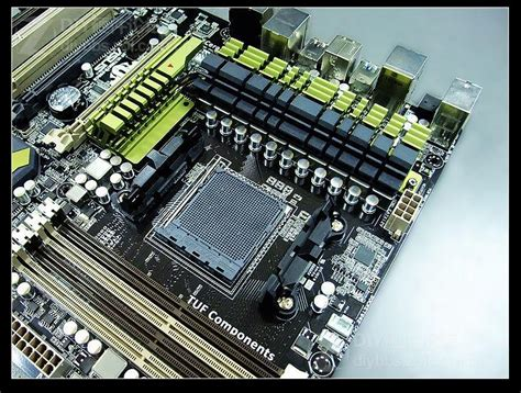 Laptop Asus Amd Bulldozer asus sabertooth 990fx motherboard pictuered features am3 socket and bulldozer cpu support