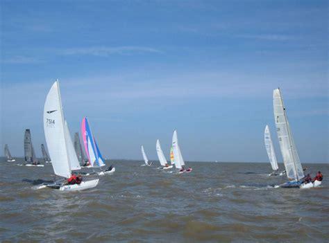 catamaran yacht club sheppey isle of sheppey sailing club round the island race