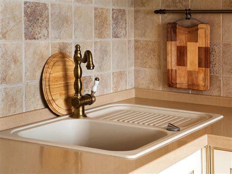 travertine backsplashes kitchen designs choose kitchen layouts remodeling materials hgtv