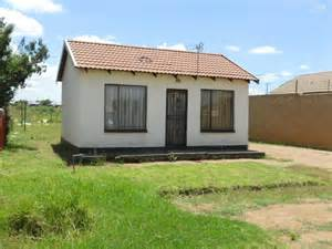 standard bank repossessed 1 bedroom house for sale on