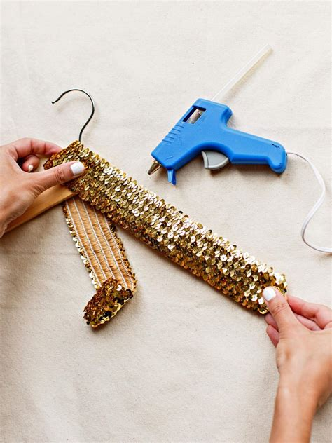 New Year New Hangers by How To Throw A Glittery New Year S Hgtv