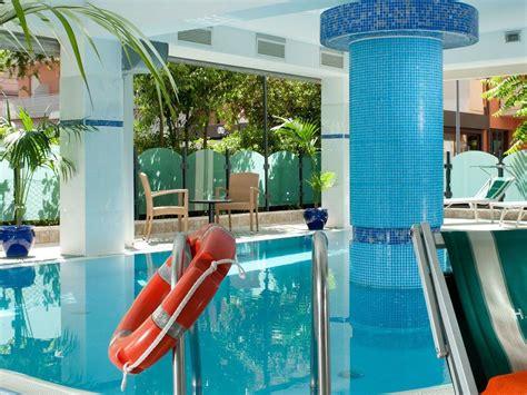 gabbiano hotel hotel gabbiano cattolica azzurro opravdov 253