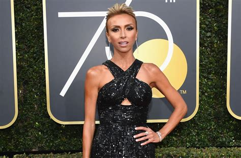 e news red carpet giuliana rancic acts like a diva on e golden globes red