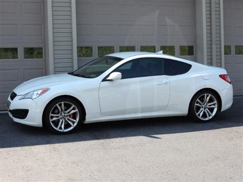 2012 Hyundai Genesis Coupe 2 0t by 2012 Hyundai Genesis Coupe 2 0t R Spec Stock 068086 For