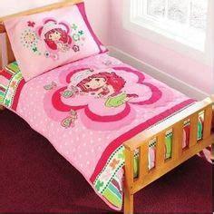 strawberry shortcake bedroom set 1000 images about strawberry shortcake bedding on