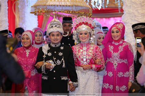 Baju Nikah Adat Aceh baju pengantin pada pernikahan adat aceh