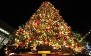 Decorated christmas tree 7407 the wondrous