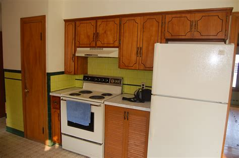 Refacing Kitchen Cabinets Before And After More Before And After Cabinet Refacing Photos 3 Classic