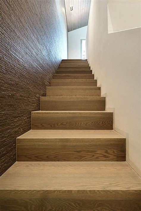 scala rivestita in legno oltre 1000 idee su scale di legno su vecchie