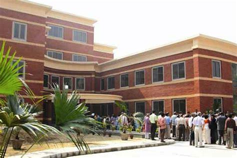 Delhi University Final Cut-off List Released - News18