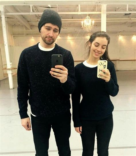 adelaide kane and torrance coombs 25 best ideas about reign on pinterest reign fashion