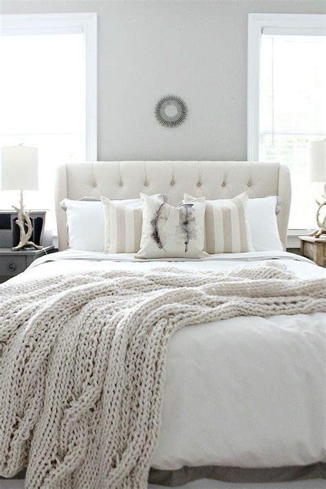 Tufted Headboard Bedroom Ideas by 17 Best Ideas About Grey Tufted Headboard On